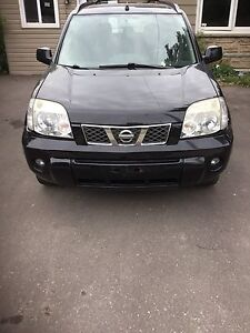 2005 Nissan x-trail LE 4x4 Certified and E-Tested