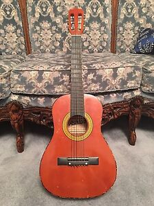 Acoustic guitar Ashton brand 6 strings small size Tanah Merah Logan Area Preview
