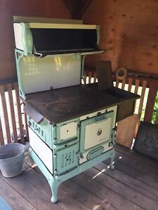 Cook stove 250-428-8731