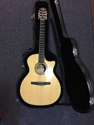 Vintage Taylor Acustic Electric  Mint In Original Case 2006 CE