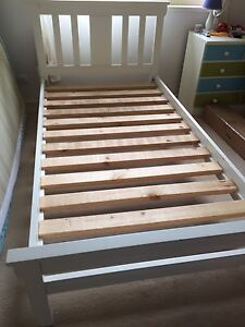 King Single Timber frame bed Narellan Vale Camden Area Preview