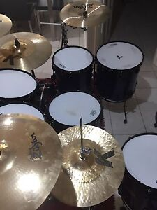 Drum kit Kingsley Joondalup Area Preview
