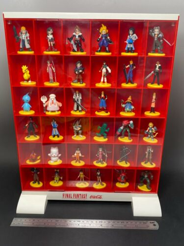 FINAL FANTASY 36 Figure with Coca-Cola Collection Cases SQUARE 2000 Not For Sale