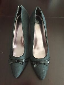Size 8 professional shoes