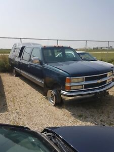 1992 Chevy one ton for parts