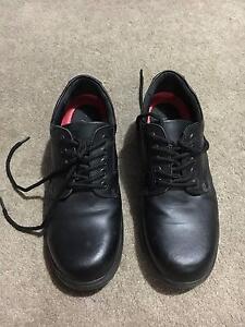 Men's steel capped shoes size 8 Wellard Kwinana Area Preview