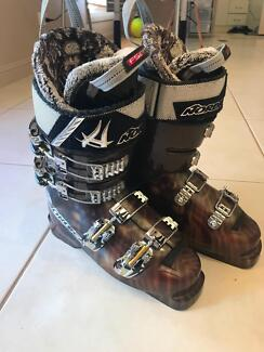 """Nordica """"Jah Love"""" Ski Boots (used one day)"""