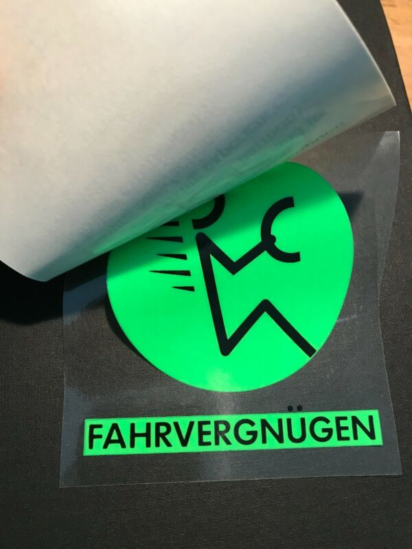 Vintage 1990 VW Volkswagen FAHRVERGNUGEN DECAL green static cling NOS FREE SHIP