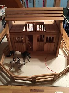 KidKraft wooden stable and coral with Breyer horses St. John's Newfoundland image 3