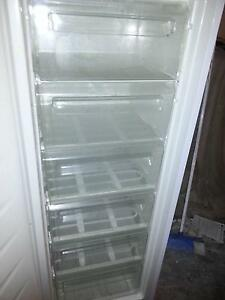 WESTINGHOUSE UPRIGHT FREEZER WITH 6 PULL OUT DRAWERS G.C. Murrumba Downs Pine Rivers Area Preview