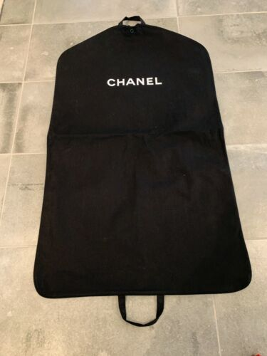 CHANEL BLACK THICK ZIPPERED GARMENT BAG 39 X 23 INCHES