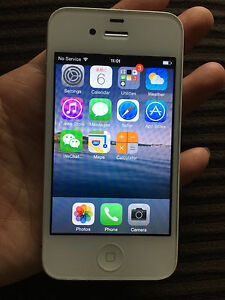 iPhone4 unlocked in excellent condition