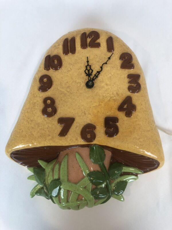 Vtg Retro Mushroom Toadstool Wall Clock Circa 1970s Style Ceramic