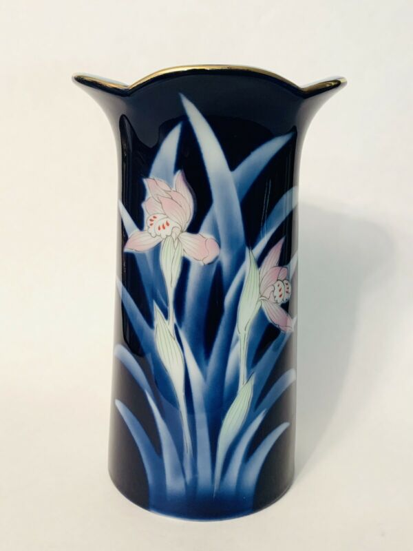 """Jyakuzan Wakayama Arita Japanese Cobalt Blue Porcelain Iris Vase Gold Trim 8"""""""