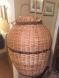 Large wicker basket for decor with lid