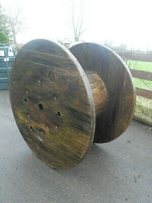 Large Wooden Cable Drum Reel -Garden / table / shabby chic ornament