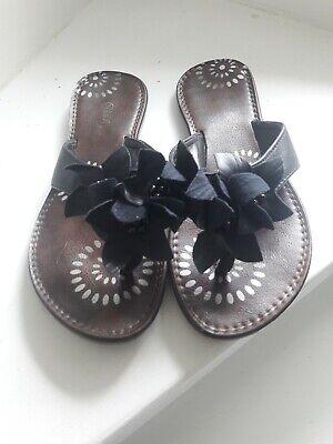 Zehen-sandalen Schleife (Zehentreter Daman Sandalen schwarz mit Steinen und Schleifen, Gr. 39)