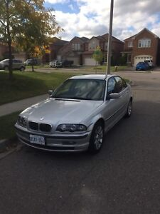 SELLING BMW 320i - READ AD