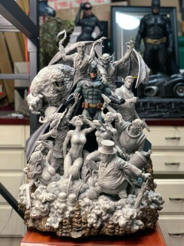 Pre order Private custom Batman David Finch Sanity Smoke B/W Polystone Statue