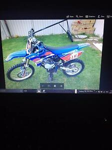 2015 YZ 85 LW Yamaha 42 hours Hallett Cove Marion Area Preview