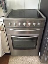 Westinghouse freestanding oven and cooktop (with rangehood) $450 Mosman Mosman Area Preview
