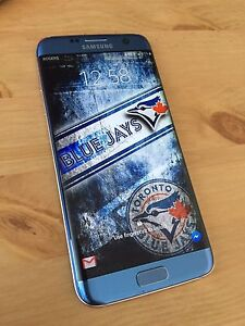 Samsung galaxy s7 edge in mint consition