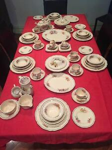 "Royal Doulton Dinner Set ""Orchid D5215"" Circa 1930 Thornbury Darebin Area Preview"