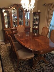 Immaculate solid wood dining suite
