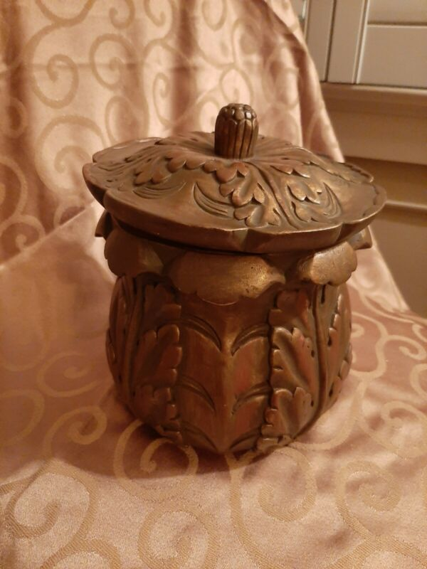 Wooden Carved Bowl With Lid