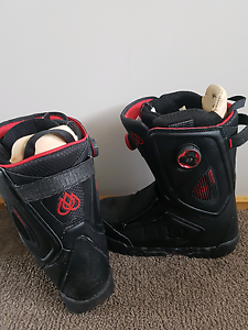 Snow board boots $480 Carrum Downs Frankston Area Preview