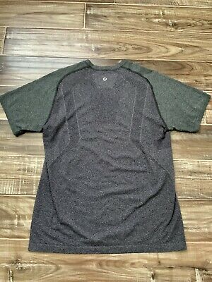 Men's Lululemon metal vent shirt size Medium Med M