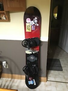 Snowboard with bindings (Mens)