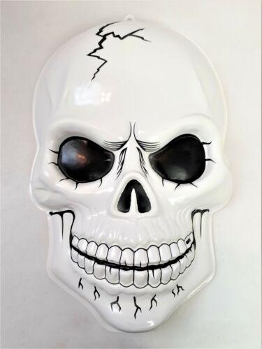 Vintage Halloween Skull 3D Molded Vacuform Glow in The Dark Plastic Skull Face