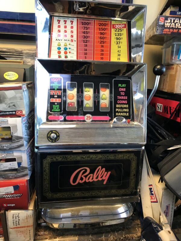 Vintage BALLY 154 Slot Machine 25 Cent Single Line 3 Coin