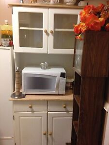 Almost new furniture London Ontario image 2