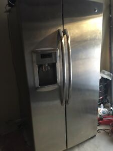 GE side by side Stainless steel fridge