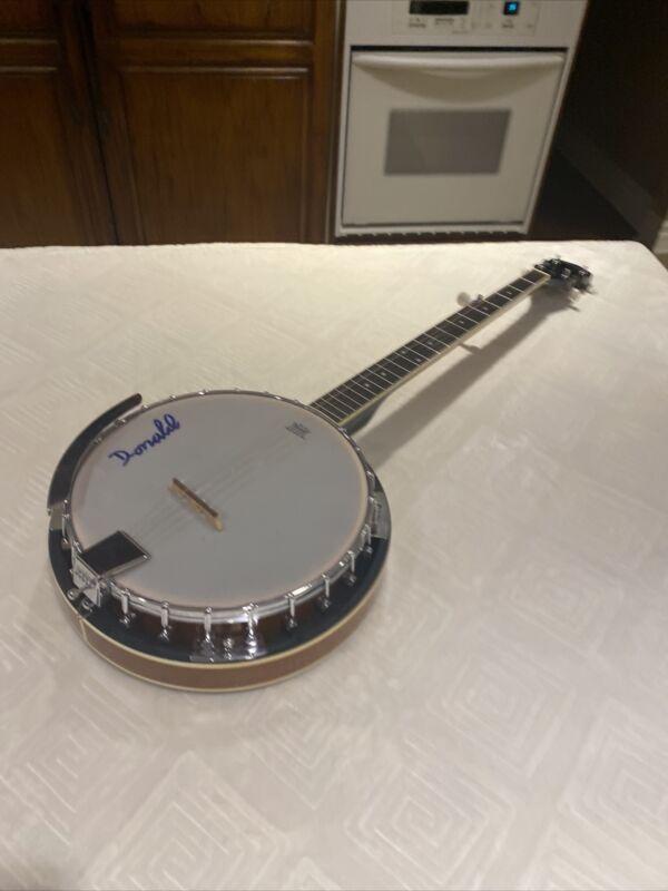 Davison 5 - string banjo - used in great condition