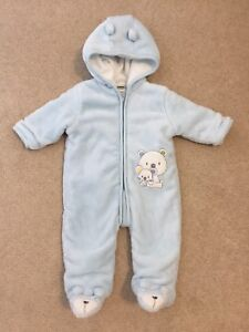 Warm fall or winter suit size 3-6 months