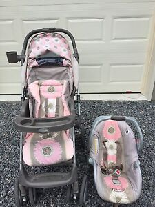 Graco stroller and car seat travel system + playpen + clothes
