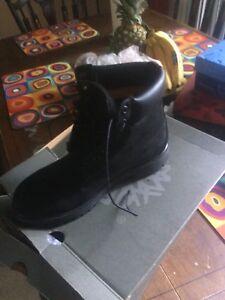 Timberland noir waterproof brand new