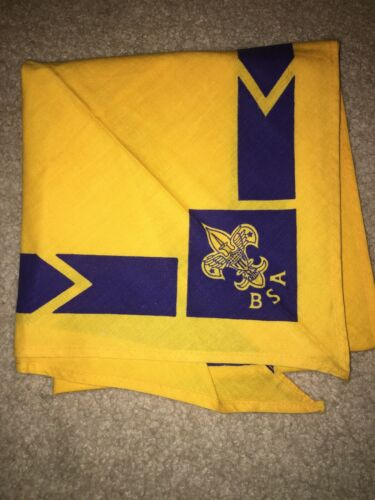 Boy Scout BSA Yellow w/ Blue Arrow Tenderfoot Uniform Silkscreen Neckerchief