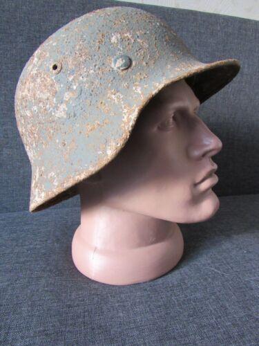 Helmet M35 Wehrmacht original with a comforter.