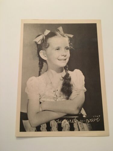 S11) Vintage 1946 Margaret O