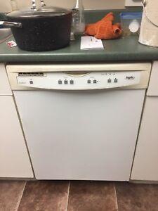 Inglis dishwasher