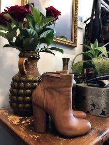 New Vintage + Second-Hand + Modern Goods Store