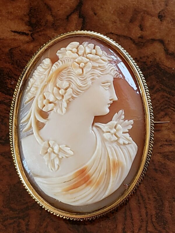 Hallmarked 12K Antique Carved Shell Cameo Pin Well Carved