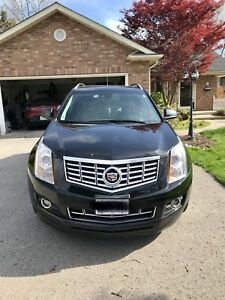 2015 Cadillac SRX Premium.  **fully loaded