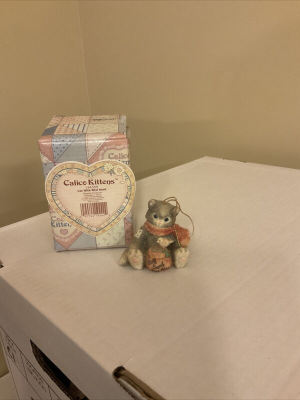"Enesco Calico Kittens Hanging Ornament ""Cat With Bird Seed"" #144355 1995"
