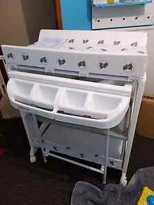 Change table with baby bath Oakhurst Blacktown Area Preview
