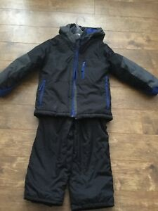 Children's Place snowsuit size 5/6